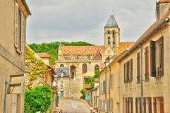 La Francia, il villaggio pittoresco di Vetheuil Immagini Stock Libere da Diritti