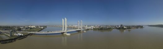 La Francia, l'Aquitania, Gironda, Bordeaux Bastide Bridge Jacques Chaban Delmas fotografia stock libera da diritti