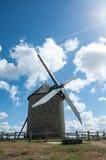 La Francia, mulino a vento Immagini Stock Libere da Diritti