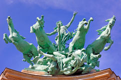 La Francia, Parigi: statua di grande Palais Fotografie Stock