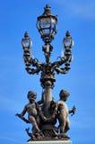La Francia, Parigi: Vecchio lamp-post Fotografia Stock