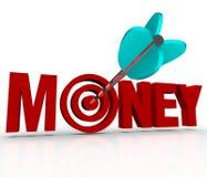 La freccia dei soldi nell'Toro-occhio dell'obiettivo guadagna a ricchezze lo scopo di portata Fotografia Stock