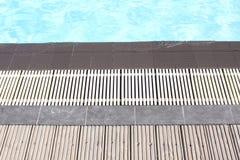 La frontière de la piscine Photos libres de droits