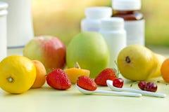 La fruta es rica con las vitaminas Fotografía de archivo