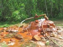 La fuente de agua mineral Fotografía de archivo