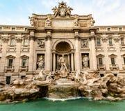 La fuente del Trevi, la fuente barroca m?s grande de Roma imagen de archivo libre de regalías