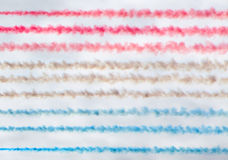 La fumée colorée traîne le fond Image libre de droits
