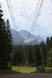 La góndola en la manera abajo del Zugspitze Fotografía de archivo