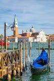 La góndola tradicional cerca del St marca el cuadrado en Venecia Imágenes de archivo libres de regalías