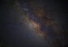 La galaxia de la vía láctea del espacio del universo con muchos protagoniza en la noche Foto de archivo