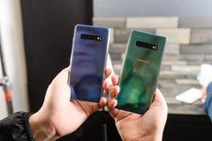 La galaxie S10 est un 10ème téléphone d'anniversaire de montage pour Samsung et sa série S racontée images stock