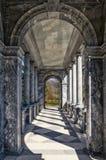 La galleria del ponte di marmo in Catherine Park in Tsarskoye Selo Immagine Stock Libera da Diritti