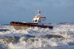 La garde côtière pendant la tempête Photographie stock libre de droits
