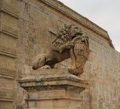 La garde de lion photographie stock libre de droits