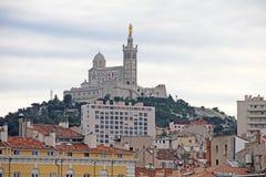 La garde van Notre Dame DE van de kathedraal in Marseille, Fra stock foto's