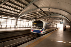 La gare de tige d'aéroport, Bangkok, Thaïlande Image stock