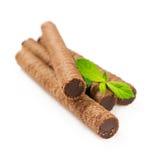 La gaufrette de chocolat roule avec la menthe Image libre de droits