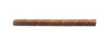 la gaufrette roule avec du chocolat d'isolement sur le fond blanc Image libre de droits