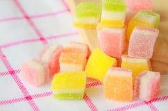 La gelatina quadra multicolore Fotografie Stock Libere da Diritti