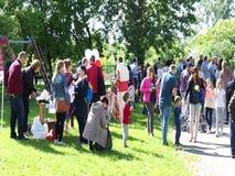 La gente all'evento video d archivio