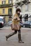 La gente alla settimana di modo di Milano Immagini Stock Libere da Diritti