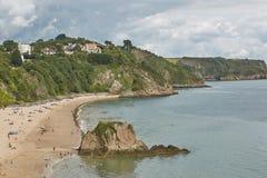 La gente alla spiaggia in Tenby, Galles, Regno Unito Fotografie Stock Libere da Diritti