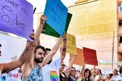 La gente che celebra gay pride in Spagna Immagine Stock