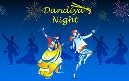 La gente che gioca Dandiya Fotografie Stock Libere da Diritti