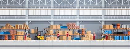 La gente che lavora in scatola di sollevamento del magazzino con il carrello elevatore Insegna logistica di orizzontale di concet illustrazione vettoriale