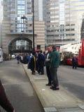 La gente che si prepara per la manifestazione del sindaco di signore Londra 2014 Fotografie Stock