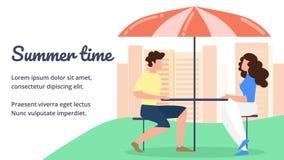 La gente che si siede in caffè alla Tabella con l'ombrello illustrazione di stock