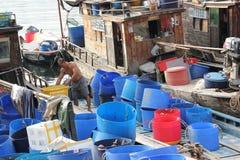 La gente che vive sui pescherecci Fotografie Stock