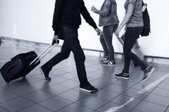 La gente con bagagli Immagini Stock Libere da Diritti