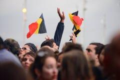 La gente con las banderas de Bélgica en Heineken Primavera suena el festival 2014 Imagenes de archivo