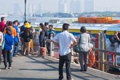La gente consigue en el hidrodeslizador Saigon - Vungtau Foto de archivo libre de regalías