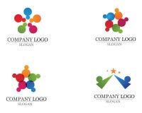 La gente de la comunidad cuida vector de la plantilla del logotipo y de los símbolos Fotos de archivo libres de regalías