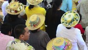 La gente de Islander del cocinero ruega en CICC la iglesia almacen de metraje de vídeo