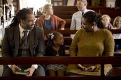 La gente de la iglesia cree la fe religiosa imagen de archivo libre de regalías