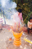 La gente de PHNOM PENH celebra Año Nuevo chino Imágenes de archivo libres de regalías