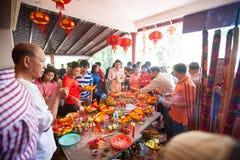 La gente de PHNOM PENH celebra Año Nuevo chino Foto de archivo