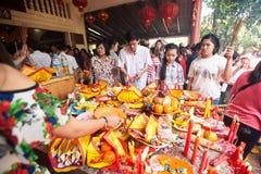 La gente de PHNOM PENH celebra Año Nuevo chino Foto de archivo libre de regalías