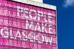 La gente del lema hace Glasgow imagen de archivo libre de regalías