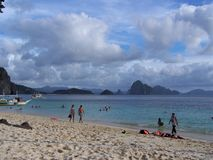 La gente della spiaggia di Palawan Fotografia Stock