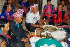 La gente della tribù della collina di Lahu Muser celebra l'estremità del riso che raccoglie la stagione in Mae Hong Son, Tailandi immagine stock