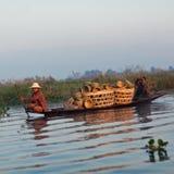 La gente della tribù di Intha, Myanmar Fotografia Stock