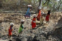 La gente della zona delle miniere di carbone di Jharia in India Fotografia Stock Libera da Diritti