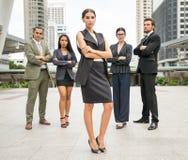 La gente di affari del gruppo gode di con loro lavoro di successo Fotografie Stock