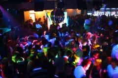 La gente di Dancing della discoteca Fotografie Stock
