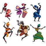 La gente di dancing nello stile etnico tradizionale illustrazione di stock