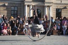 La gente di LUBLINO, POLONIA 29 luglio 2017 - che si riunisce dalla scena alla C Fotografia Stock